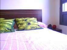 Alquilo habitacion solo dos chicas 675074036