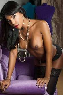 ladyjulia travestis bcn. lujo y glamour.