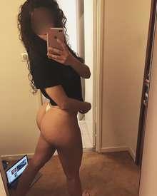 Sexy canaria ninfomana busca sexo