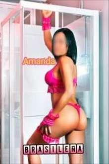 Amanda brasilena mamadas deluxe