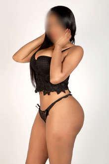 Brenda una chica escort sensual y complaciente