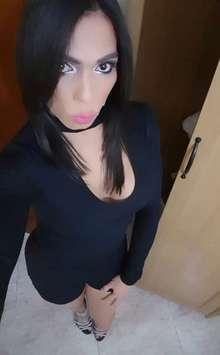 Natalia trans muy lechera y complaciente