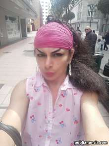 Hermosa transexual trato de novios