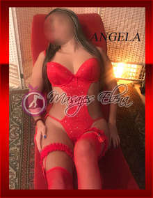 Angela te ofrece una sesion 100 erotica
