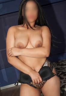 Leydi atrevida y sensual